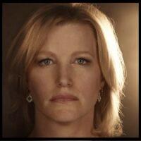 Skyler White (Laura Cassani)