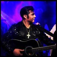 Elvis Presley (Cristian Soto)